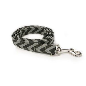 CHEVRON GREY DOG LEAD