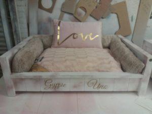 ROYAL PET BEDS